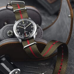 ZULUDIVER Veryan NATO Watch Strap - Khaki & Red