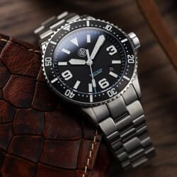 NTH SwiftSure Diver's Watch - Black Dial