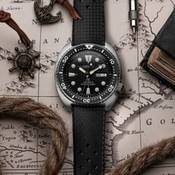 ZULUDIVER Modern Tropical Style Rubber Watch Strap - Black