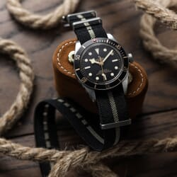 ZULUDIVER E-NATO Elasticated Woven Watch Strap - Black & Gold