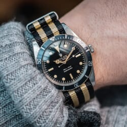 The Vintage Watch Company NATO by Geckota - Black & Gold